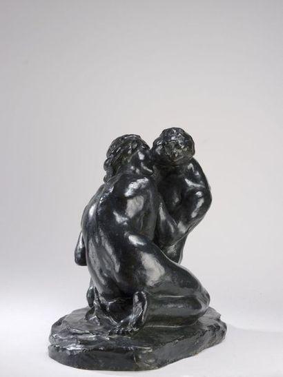 Alfredo PINA (1887-1966)  Le baiser  Bronze...