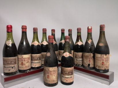 12 bouteilles VINS de BEAUJOLAIS  A VENDRE...