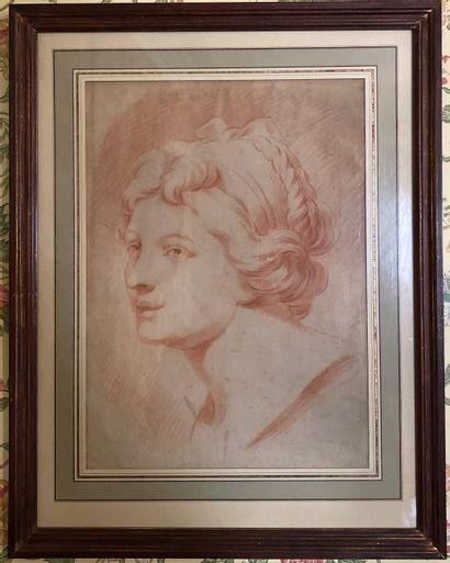 Ecole française  Portrait de femme en buste...