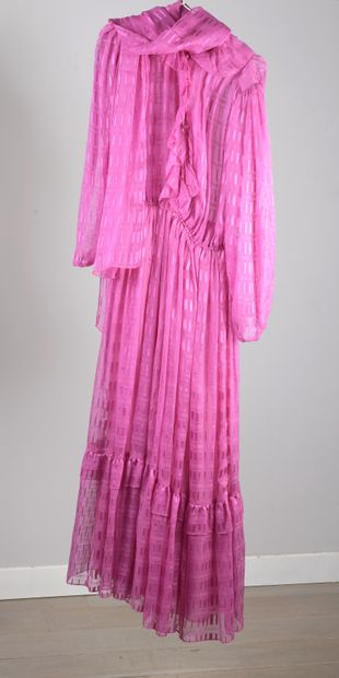 TED LAPIDUS  Robe d'hôtesse en mousseline...