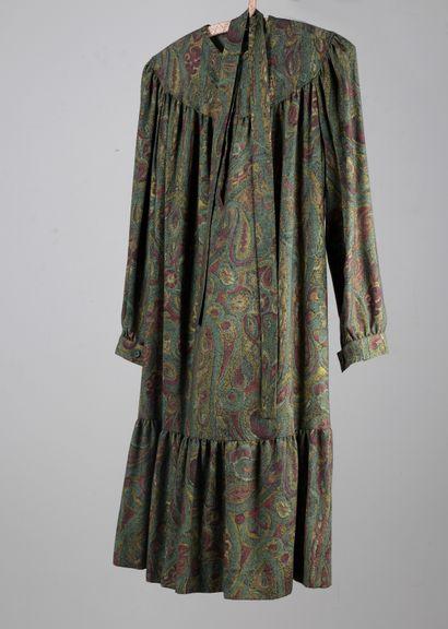 TED LAPIDUS  Robe en lainage vert imprimée...