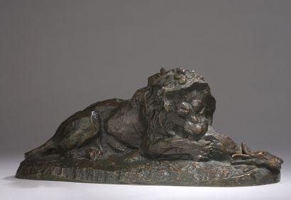 Antoine-Louis BARYE (1796-1875)  Lion dévorant...