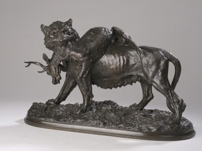 Christophe FRATIN (1801-1864)  Lionne portant...