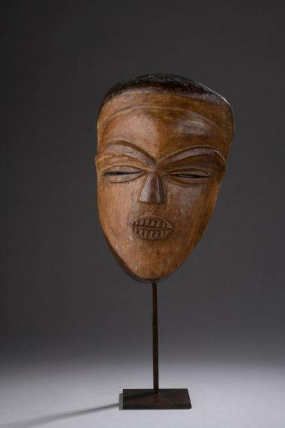 TSOGHO VUVI MASK, Gabon  Medium-hard wood...