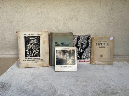 Lot de livres comprenant :  Cinq ouvrages...