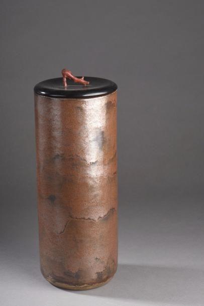 Henri SIMMEN (1880-1963) & Eugénie Jubin O'KIN (1880-1948)  Vase cylindrique avec...