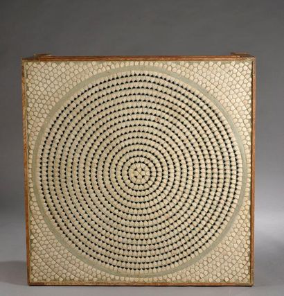 LENOBLE Jacques (1902-1967) & ADNET Jacques (1900-1984) Grande table basse en chêne,...