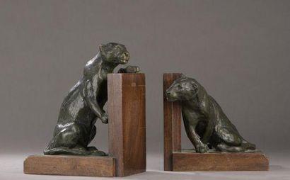 Roger GODCHAUX (1878-1958) PAIRE DE SERRE-LIVRES...