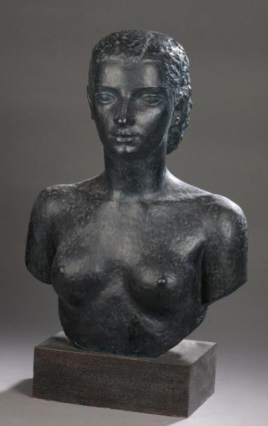 PIERRE BOURET (1897-1972) JEUNE FEMME (DENISE), 1938 Épreuve en bronze à patine noire...