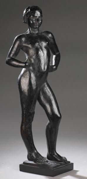 PIERRE BOURET (1897-1972) ADOLESCENTE, 1934-1936 Épreuve en bronze, n°2/8 Fonte à...