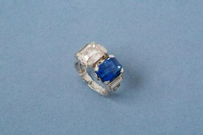 Bague en platine 900‰, sertie d'un diamant...