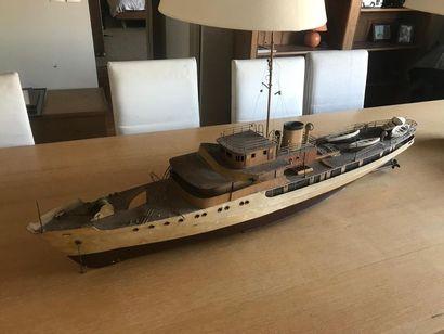 Maquette de bateau L : 130 cm