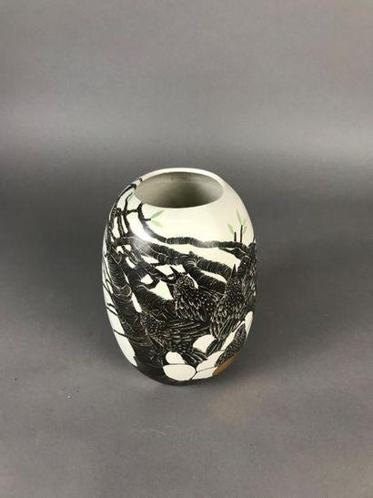 *Simone PERROTTE (1977) Oiseaux Vase en céramique...