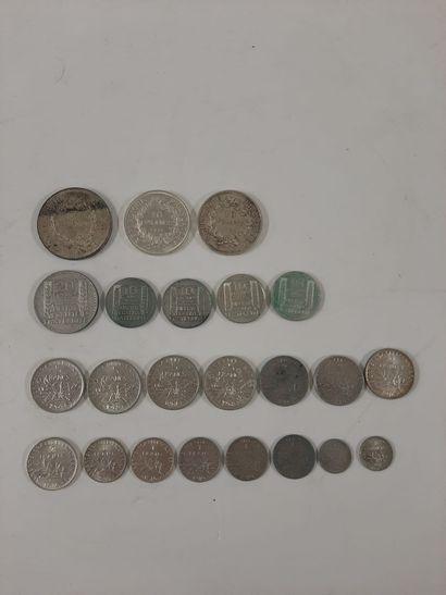Lot de 23 monnaies françaises en argent,...