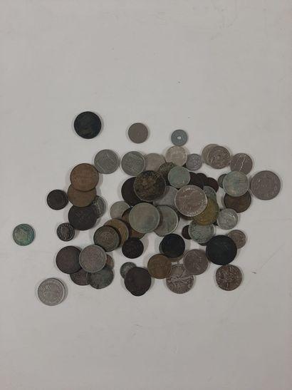 Lot divers de 81 monnaies du XVIIème au XXème...