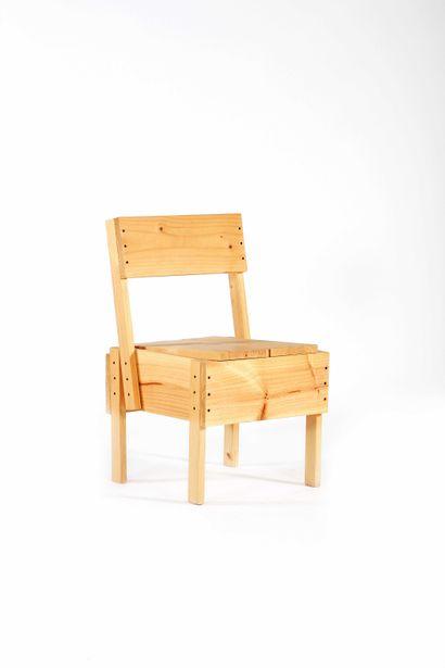 Enzo MARI  (1932-2020)  Chaise dite P de...