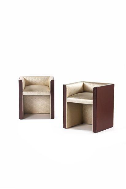 MAISON DACHARRY (XX)  2 fauteuils Moleskine,...