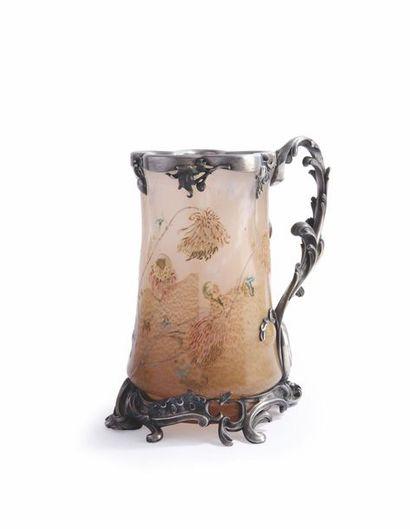 Emile Gallé (1846-1904) Vase monté de forme...