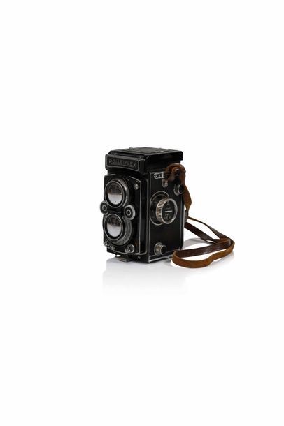 Boîtier Rolleiflex n°1431506 avec objectifs...