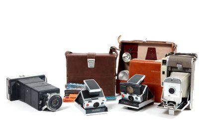 Ensemble de quatre Polaroid non testés :...