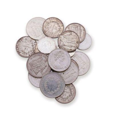 Lot de 19 pièces en argent 1er titre 925...
