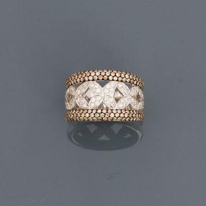 Bague anneau en or gris, 750 MM, ornée de...