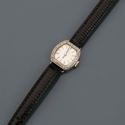 TISSOT, Bracelet montre de dame en , platine...