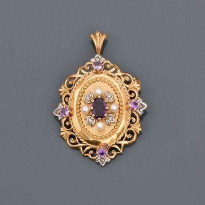 Broche - pendentif en or jaune, 750 MM, ornée d' améthystes et petites perles, dimensions...
