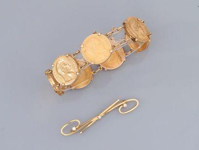 Lot : Bracelet formé de sept Napoléons et...
