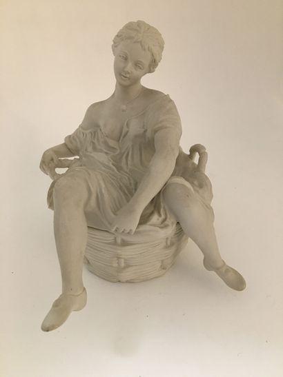 Lavandière, vers 1900. Biscuit, 16,5 x 18,5...