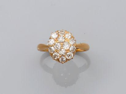 Bague deux ors, 750 MM, recouverte de diamants...