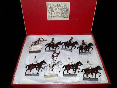 EMPIRE. France. Cavalerie CBG Mignot. 8 figurines...
