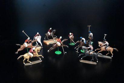 SPORT. Joueurs de Polo à cheval, 10 figurines...