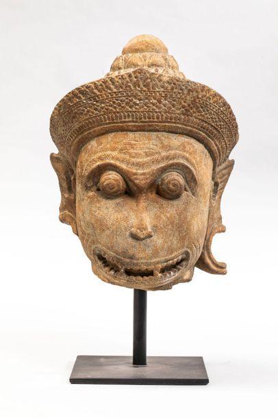 Tête d'Hanuman coiffée d'un chignon lotiforme...
