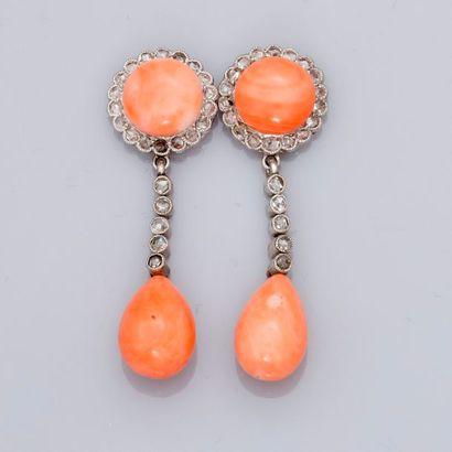 Très beaux et rares pendants d'oreilles...