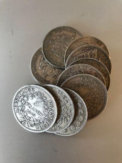 Pièces de 5 francs argent, 2 de 1847, 4...