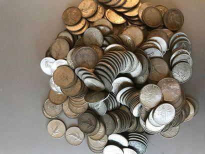 Lot: Pièces de 1 franc argent, poids: 2719,31gr....
