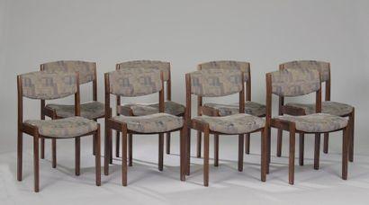 Suite de huit chaises en placage de hêtre...