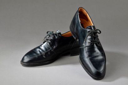 Vendu avec lot 20. Paire de chaussures d'homme de la marque Charles Jourdan T. :...
