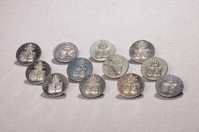 Ensemble de douze boutons de livrées aux armes d'alliance d'Armand de la Rochefoucauld,...