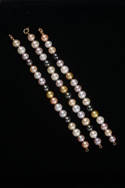 *Ensemble de 3 bracelets des perles de culture...
