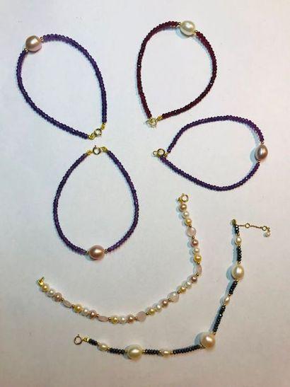 *Ensemble de 6 bracelets: - 4 bracelet en...
