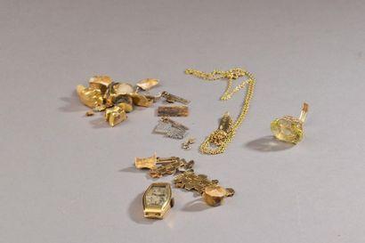 Ensemble de débris d'or comprenant notamment...