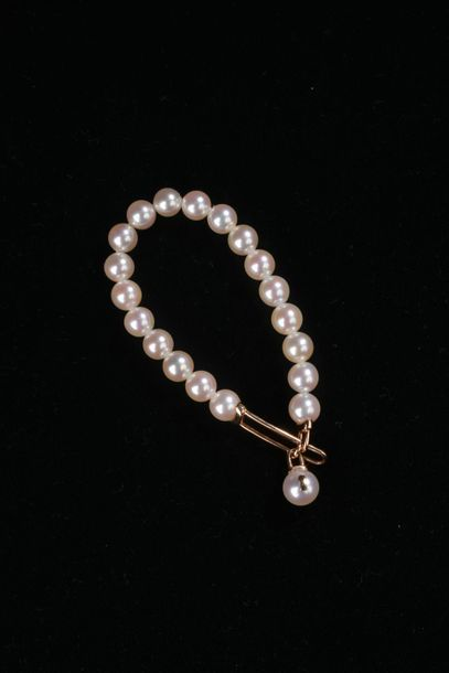 *2 bracelets de perles de culture Akoya blanches,...