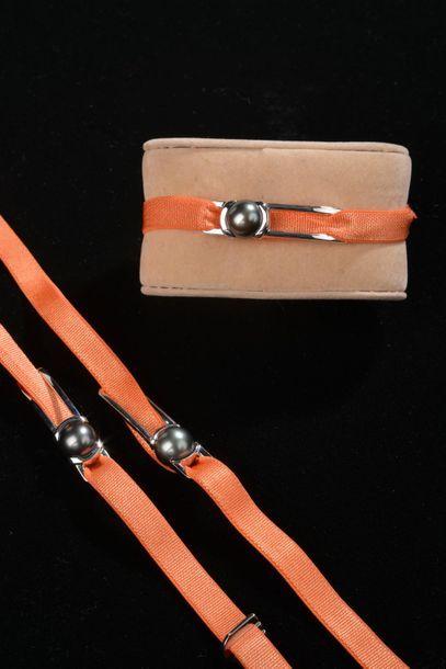 *Ensemble de 4 bracelets de tissu élastique...