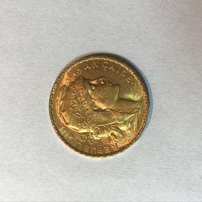 Pièce de 40 francs or Napoléon tête laurée,...