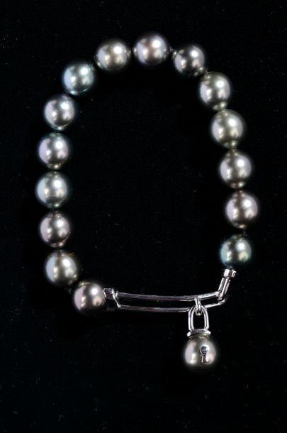 *1 bracelet de perles de culture de Tahiti...