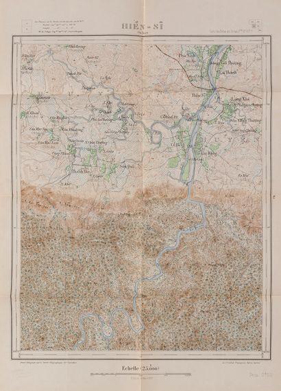 1900. Pochette cartonnée avec 8 cartes d'état major des Provinces d'Annam toutes...