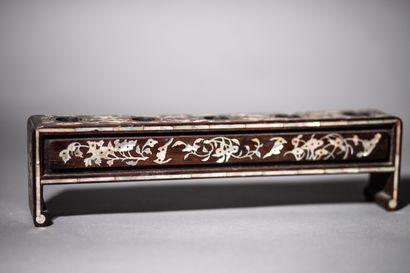 Porte-fourneaux à cinq compartiments en bois...