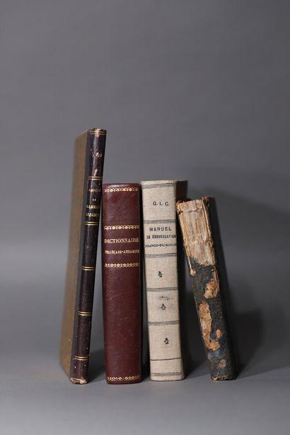 Dictionnaires Franco-Annamites  Un ensemble de 3 volumes reliés édités par l'imprimerie...